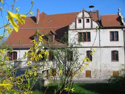Frontansicht des Gebäudes der Verwaltungsgemeinschaft