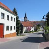 Straßenverbindung in Weira