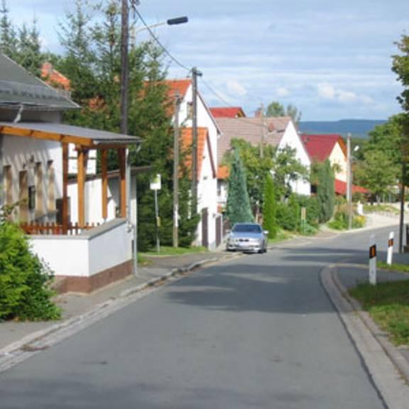 Verbindungsstraße von Oberoppurg