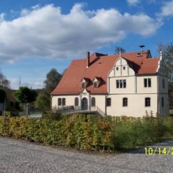 Türkenhof - Süd-Ost-Ansicht 2011